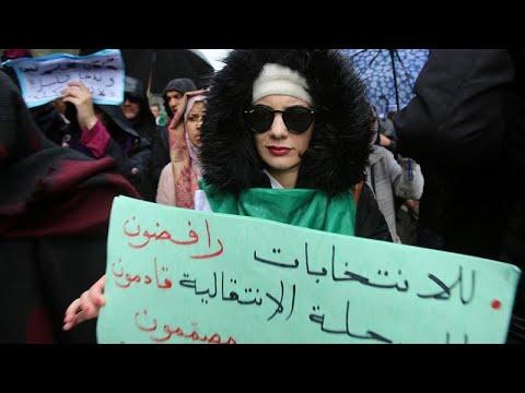 شاهد: مسيرارت جزائرية رافضة للانتخابات وقائد الجيش يتحدث عن هبة شعبية…  - نشر قبل 7 ساعة