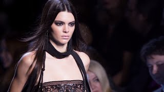 Kendall Jenner SNEAKS A Date With Her NEW Man During NYFW