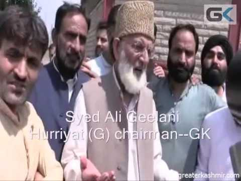 Geelani marches towards Mazar-e-Shouhada, detained