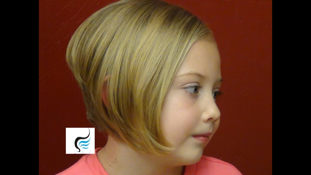 style stacked bob cut aline