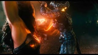 Clip of Steppenwolf Revealed in Justice League  with fight with Wonder Women