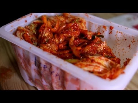 Vietnamese Kim Chi vs. Korean Kimchi