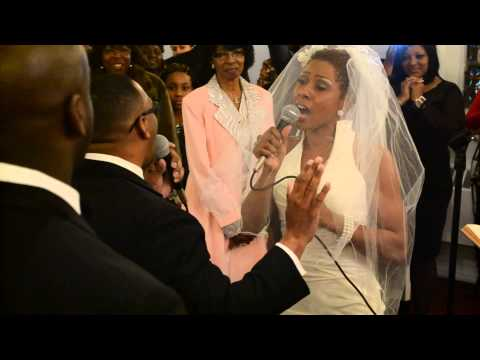 AMAZING!!! [COUPLE SINGS AT THEIR OWN WEDDING+HOLY SPIRIT]
