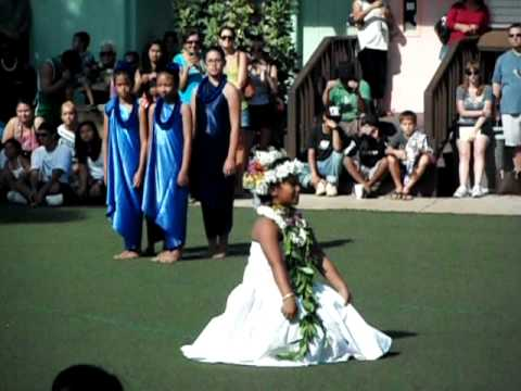 2011 King Kamehameha Lahaina May Day Queen