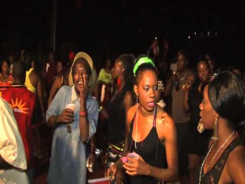 Pure Vybz at Flags 2012