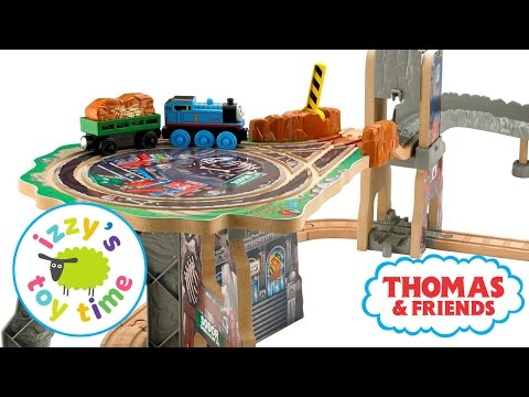 Thomas Train FOSSIL RUN! Thomas and Friends Pretend Play with KidKraft and Brio | Toy Trains 4 Kids