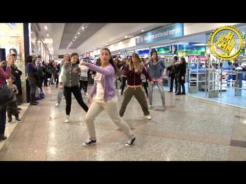 The Black Eyed Peas Tribute Flashmob