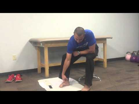 Exericse to Strengthen Feet. Barefoot Runners, Foot Issues and Plantar FasciitisTowel Curls