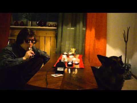 Jouluyö juhlayö with kazoo & singing dog Peto