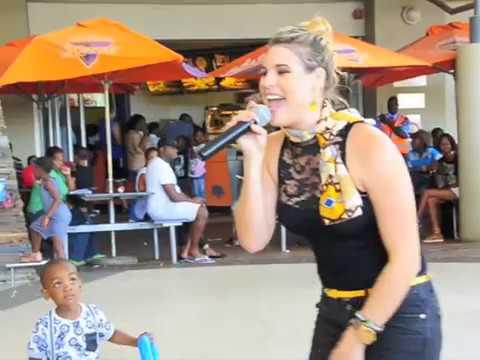 Zanzi-Embracing Africa medley (Performance)