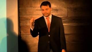 Como repensar a pobreza na era da destruição criadora | Diogo Costa | TEDxIbmec