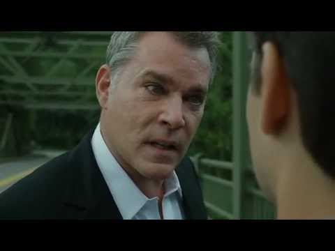Awesome , awesome acting  Ray Liotta in the