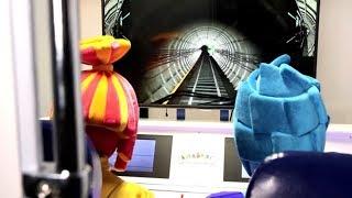 ФИКСИКИ в КидБурге - МЕТРО - Город Профессий - Поиграйка с фиксиками Funny Kids Video развивающее