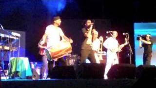 Apache Indian & The Reggae Revolution Perform A Medley Live At The UK Asian Music Awards 2011