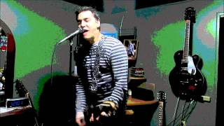Green Day - In The End (cover) HQ (SOUNDS JUST LIKE BILLIE JOE ARMSTRONG!!!)