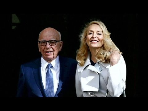 Rupert Murdoch y Jerry Hall se casan por lo civil en Londres