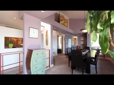 Sunshine Falls - Spectacular North Vancouver Waterview Vacation Home