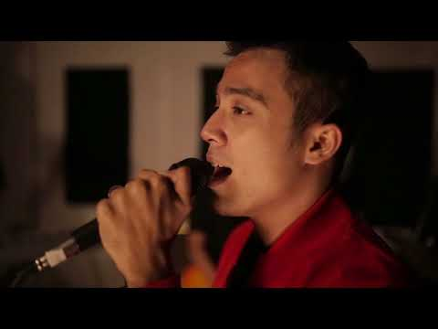 Music Video | Aliff Aziz - Rapuh (Cover)