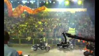 Qik - Chingay 2011 (Harley & antique cars parade) pt 1by Aaron Kuok