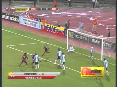Gol de Fernando Amorebieta / Venezuela 1 - Argentina 0