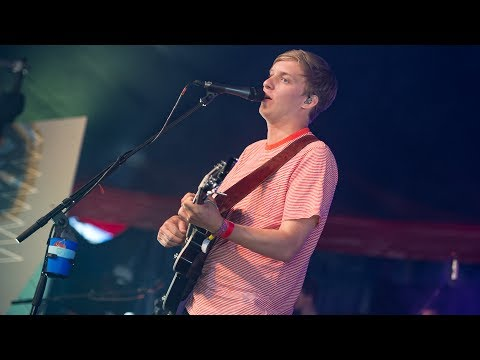 George Ezra - Blame It On Me (Glastonbury 2017)