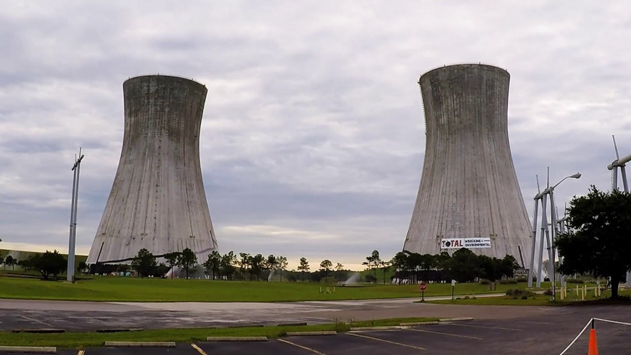 Implosion of the twin cooling towers at the St. Johns River Power Park - YouTube