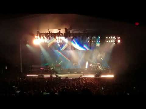 Keith Urban At Meadowbrook Bank Of New Hampshire Pavilion