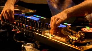 DJ Shiftee, two turntables, and the power of TRAKTOR KONTROL S8