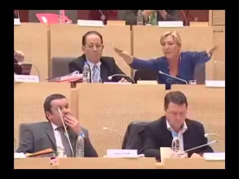 Marine Le Pen et Bernard Roman
