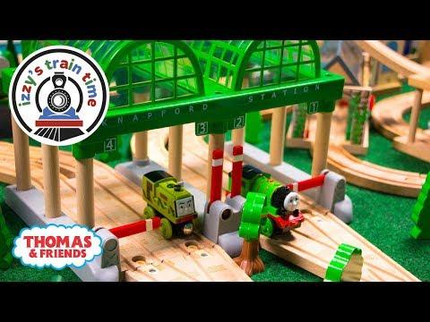 Thomas and Friends   THOMAS KNAPFORD STATION! Fun Toy Trains for Kids with Brio and Thomas Train
