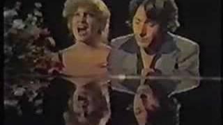 BETTE MIDLER & Dustin Hoffman - Shoot the Breeze