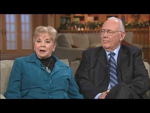 Meeting Jesus At The Mechanics - Mike and Mabel Gordon - 2/2