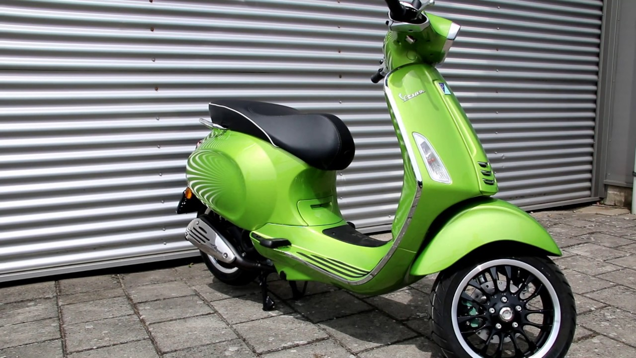 Hedendaags Vespa Spint Verde (metallic groen) promo YouTube demo - YouTube PY-28