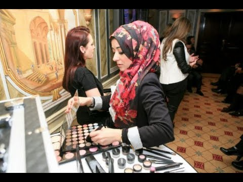 Makeup Training Course in London - Artist of Makeup Beauty Academy