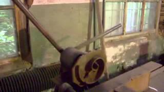 Станок для холодной ковки своими руками.(В этом видео показан процесс изготовления завитка,валюты на самодельном станке,кондукторе,изготовленный..., 2015-06-13T21:38:53.000Z)