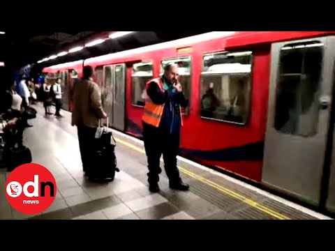 Hilarious Rail Worker's 'Ring Announcements' Cheer up Commuters on DLR