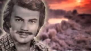 Orhan GENCEBAY - Gitme/Şarkısını dinle