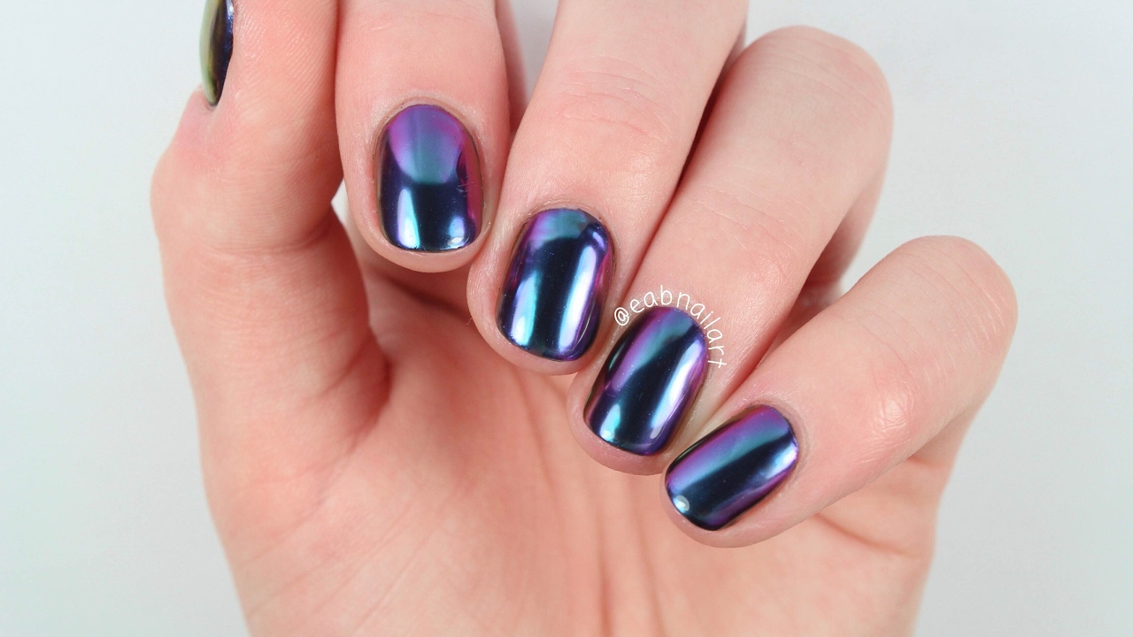 Magic Oil Slick Rainbow Powder Nails! - YouTube