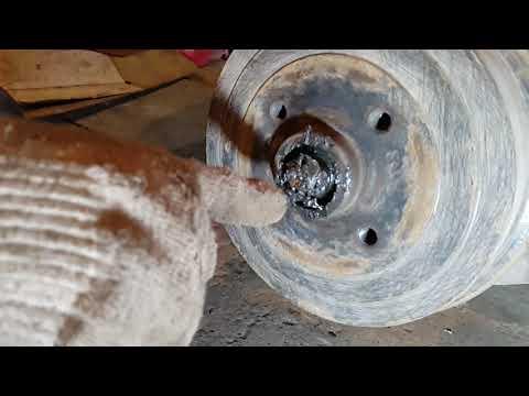 проверка и регулировка заднего ступичного подшипника сенс, ланос