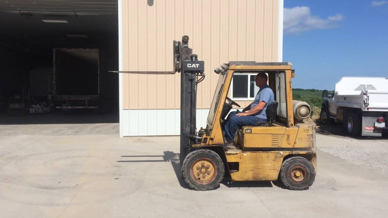 1992 Cat V50 LP Forklift with 42