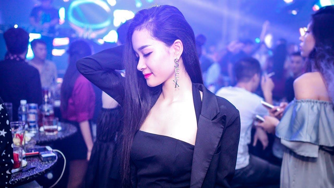 Nonstop DJ 2018 - Nhạc Sàn Cực Mạnh 2018 - Nhà Em Có Bán Kẹo Không