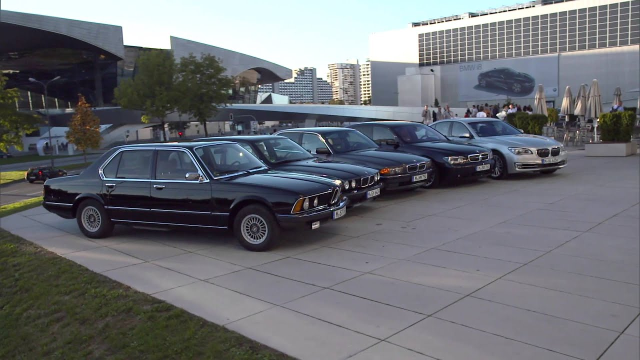 the history of the bmw 7 series youtube. Black Bedroom Furniture Sets. Home Design Ideas