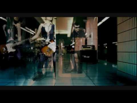 Mami Kawada and Matenrou Opera Music Video 「川田まみと摩天楼オペラ」