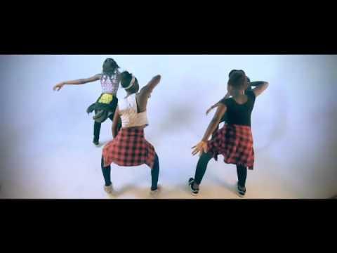 DOWNLOAD MP4 VIDEO: Double Pee – Kpakaun
