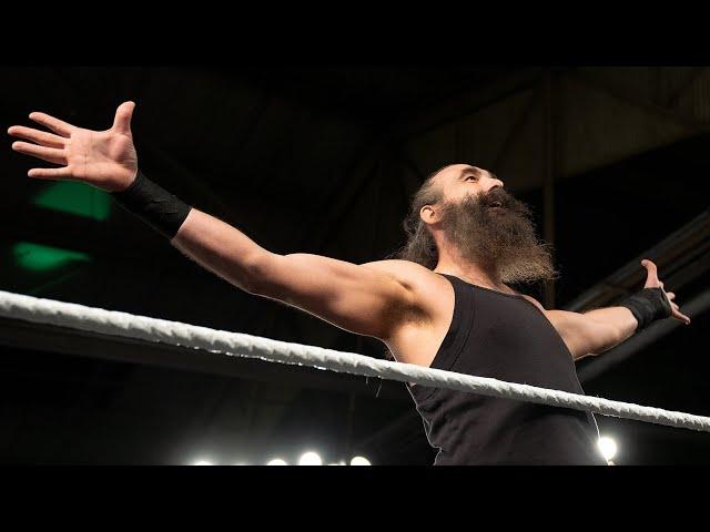 """WWE Superstars remember Jon """"Luke Harper"""" Huber"""