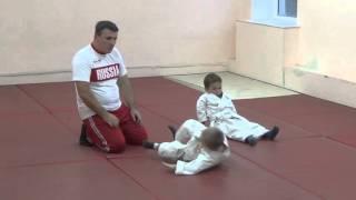 1.11.15 Открытый урок по дзюдо. Учимся падать - 2. Малыши 3 - 4 года. Centre Judo Kids. Feodosiya