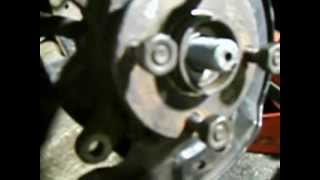 front wheel bearing replacement part 1 of 6 removing toyota yaris echo front wheel hub