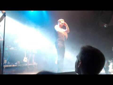 [Live Torino 2015] Immanuel Casto ft. Romina Falconi - Crash