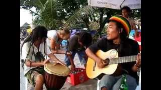 This man is awesome Bali Semyniak Reggae N°1
