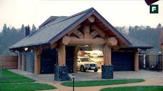 Рубленый гараж с котельной и жилой мансардой